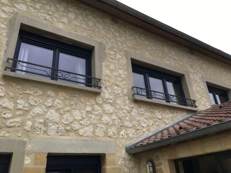 pose de fenêtres motorisé par Ecotech Fermetures - Ardennes